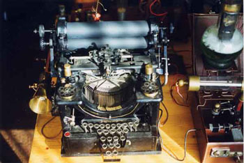 Nikola  Tesla  . La  machine  à  communiquer  avec  le  passé Timetrap3big